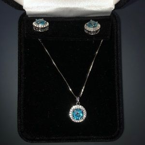 Kay Jewelers Earring and Necklace. Sterling Silver